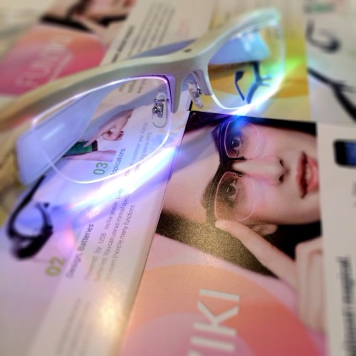 FUN-IKI-GLASSES